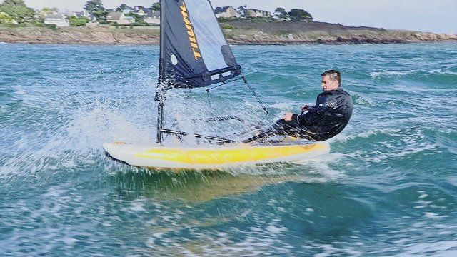TIWAL : Sail, Speed & Surf. Performance Inflatable Sailing Dinghy TIWAL.   Le Crouesty, FRANCE October 2013  Video by Kevin QUEILLE