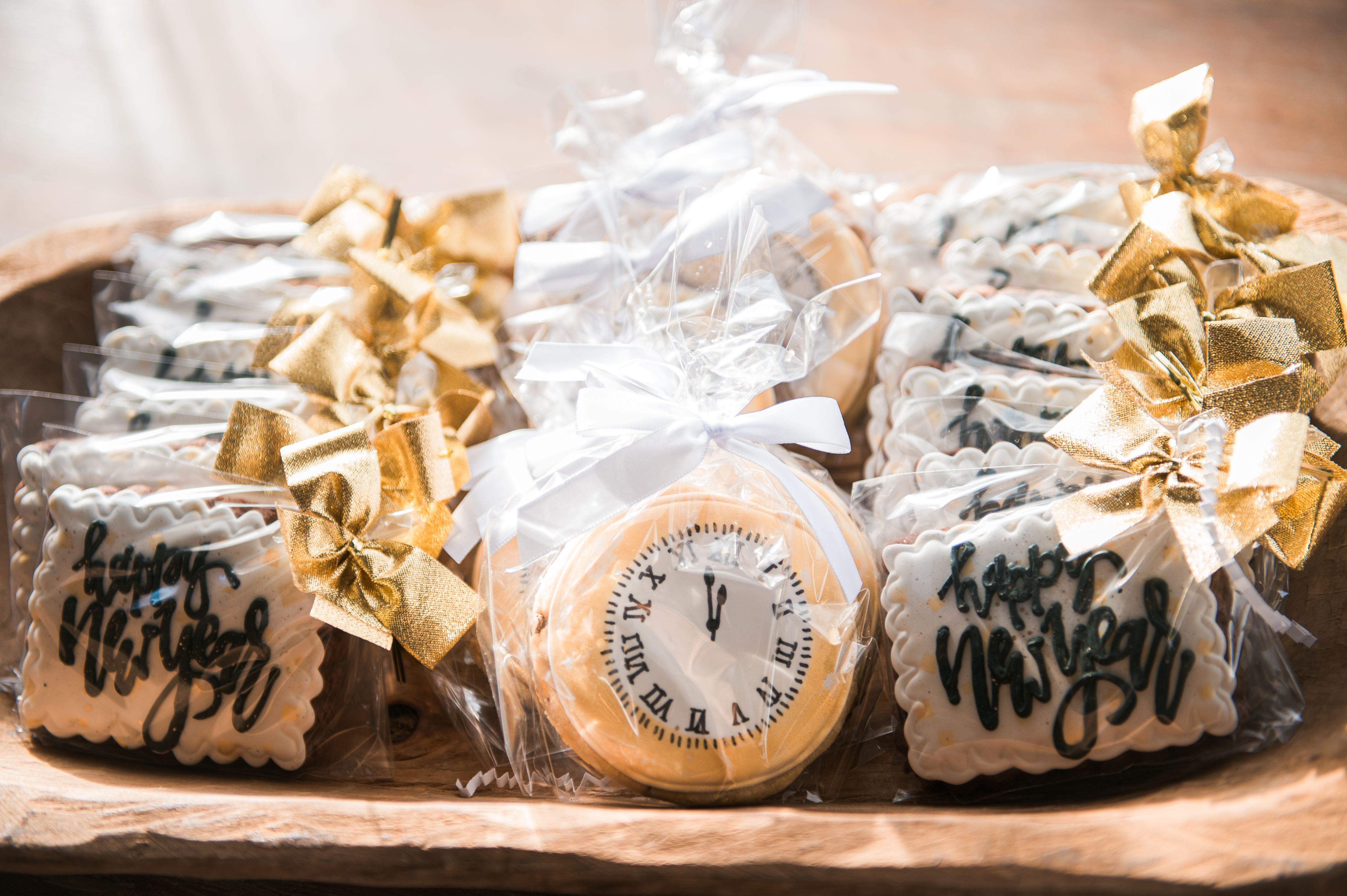New Years Eve cookie favors . . Drakewood Farm 615851