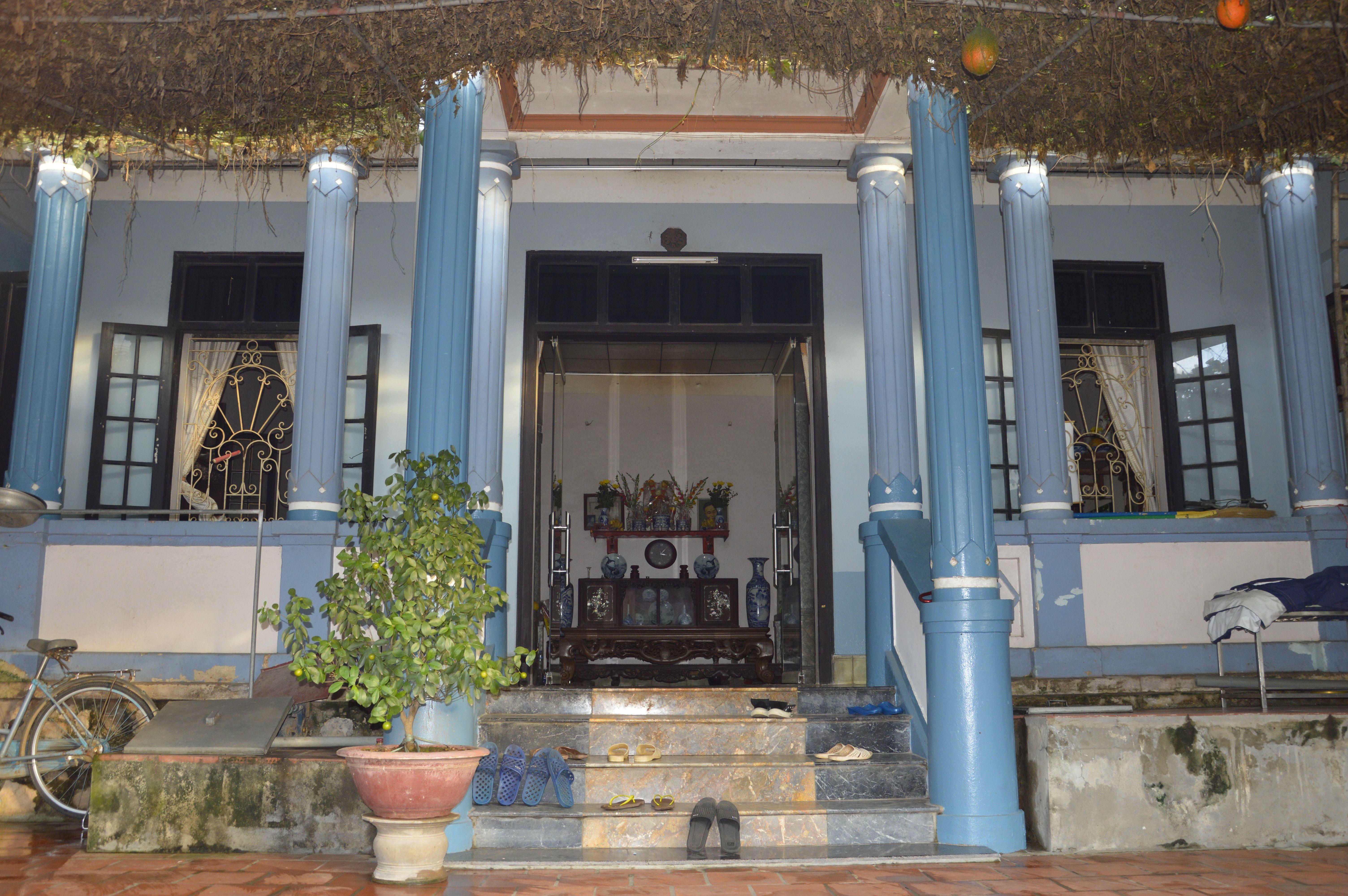 L'entrée de l'ancienne maison