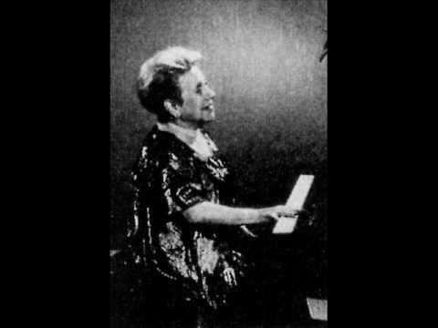 Albéniz: Iberia XI.   Alicia de Larrocha, piano