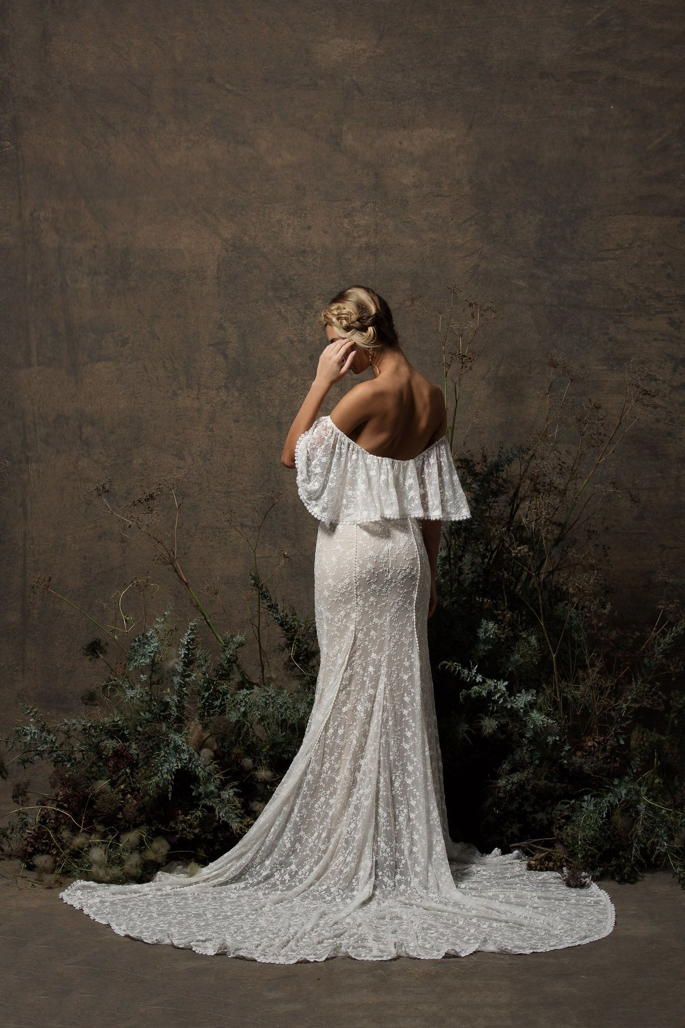 2b889bc2146 back-view-dreamers-and-lovers-off-shoulder-boho-wedding-dress.