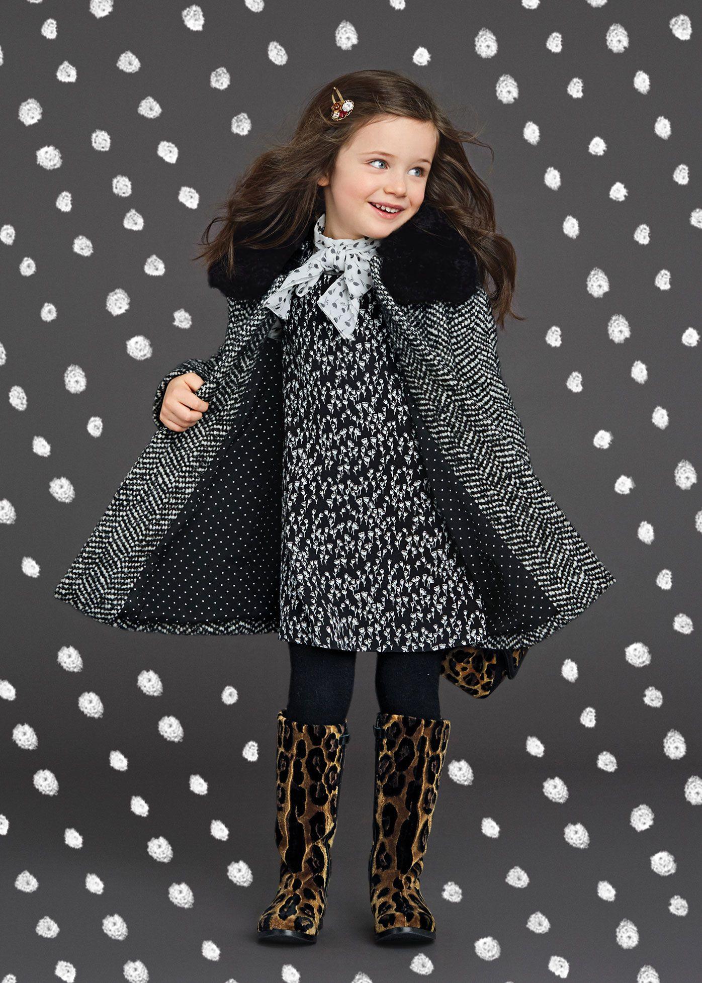 Dolce   Gabbana Collezione Bambini Inverno 2016 Moda Per Bambine a09ebcc90c7