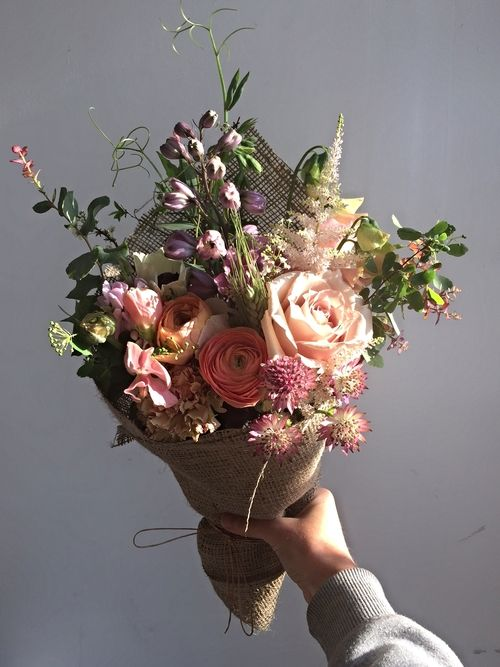 Bunch Two Petalon Blush Bunch Rose Ranunculus Anemones Delphinium Astilbe Astrania Swee Dried Flower Arrangements How To Wrap Flowers Flower Delivery