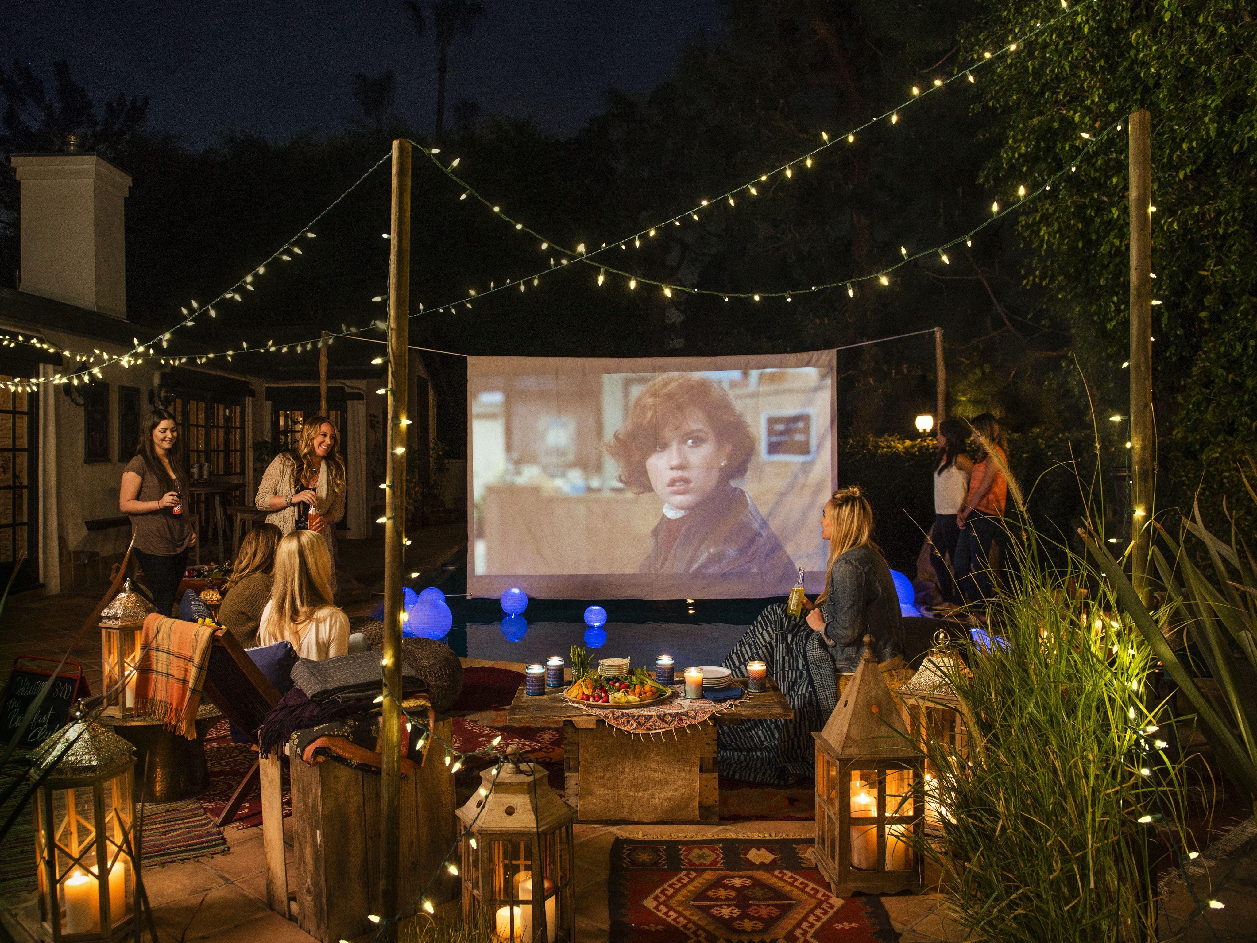 A Hollywood Movie Night | Outdoor movie nights