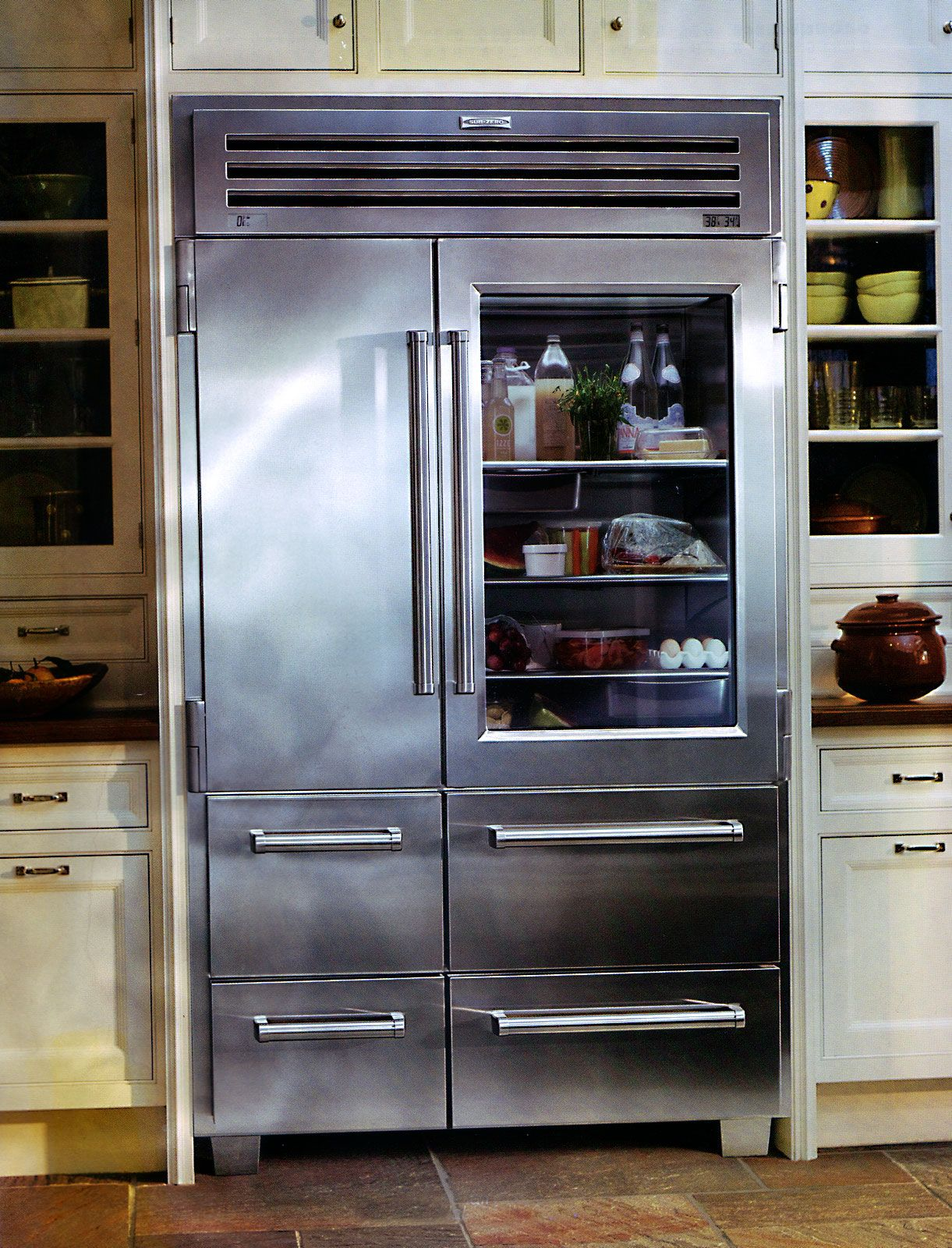 Sub Zero Coolness The Pro 48 Refrigerator Kitchens