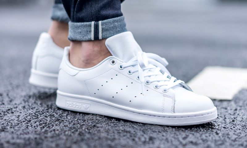nouveaux styles a644b 99cd7 adidas Just Dropped All-White Stan Smiths | Kicks | Adidas ...