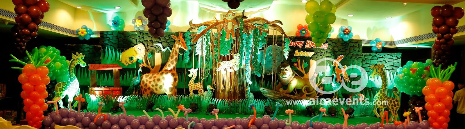 Jungle Theme Birthday Party Decoration Ideas Part - 39: Gather All The Lions, Tigers, And Bears In The Neighborhood And Throw Your  Child A Grrrrr-eat Birthday Party With Our Jungle Party Ideas!