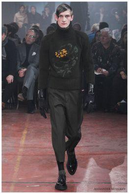 Alexander-McQueen-Fall-Winter-2015-London-Collections-Men-020
