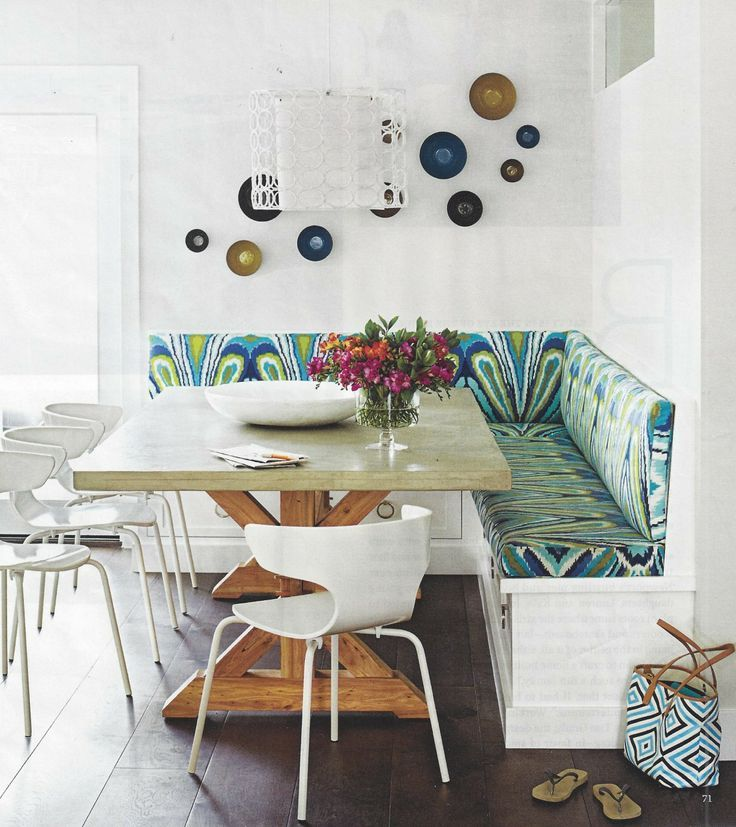 Dining Room Storage Ideas To Keep Your Scheme Clutter Free: I Love This Dining Room With Built In Seating! Cushions In