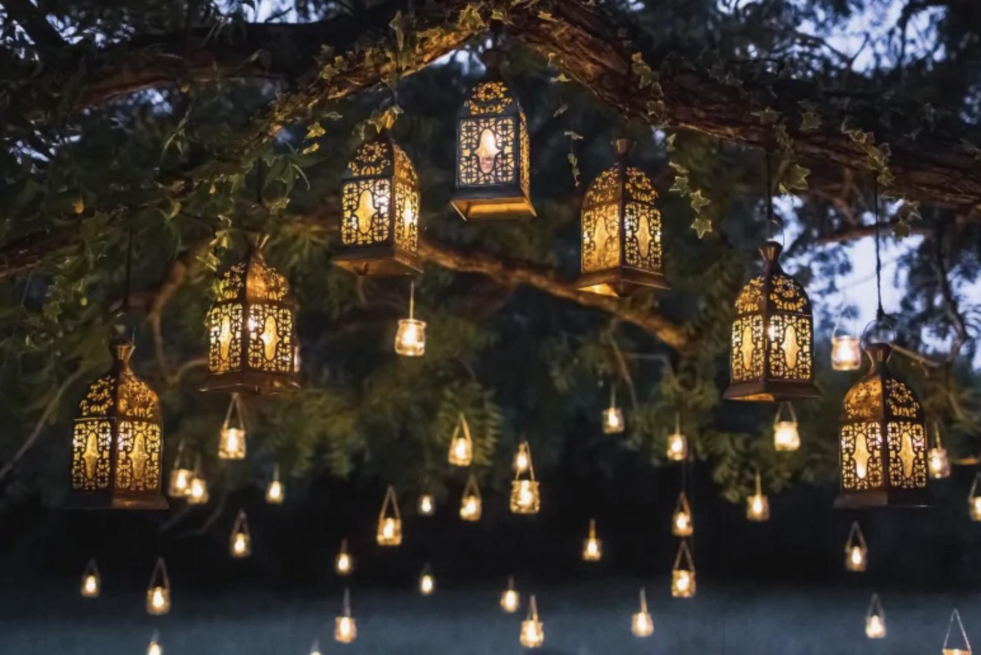 How To Create A Cozy Outdoor Space Night Garden Tree Lanterns