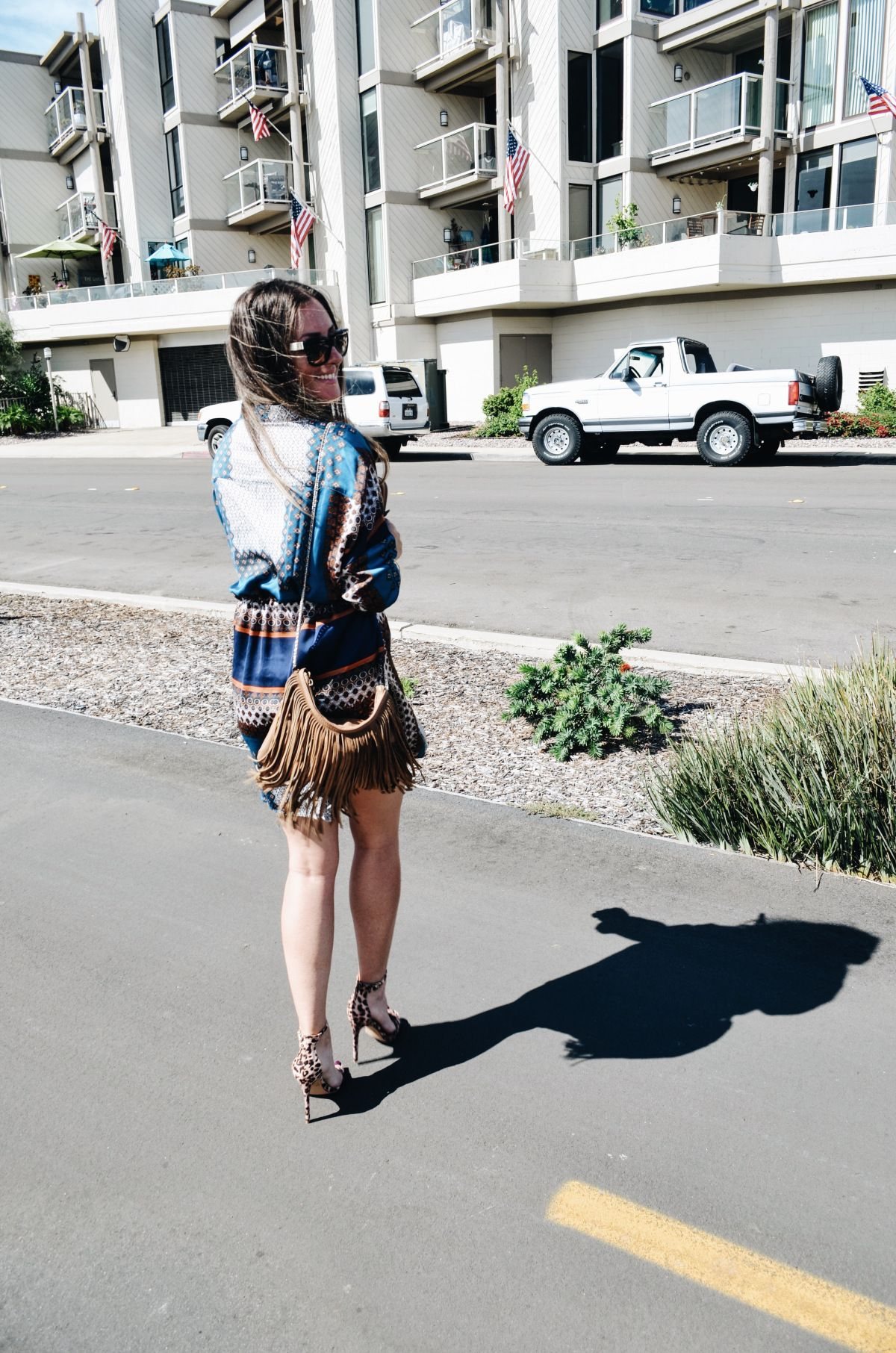 Print mixing. Dress - boohoo.com / Bag - H&M / Shoes - Charlotte Russe / Sunnies - Tory Burch #sandiego #california