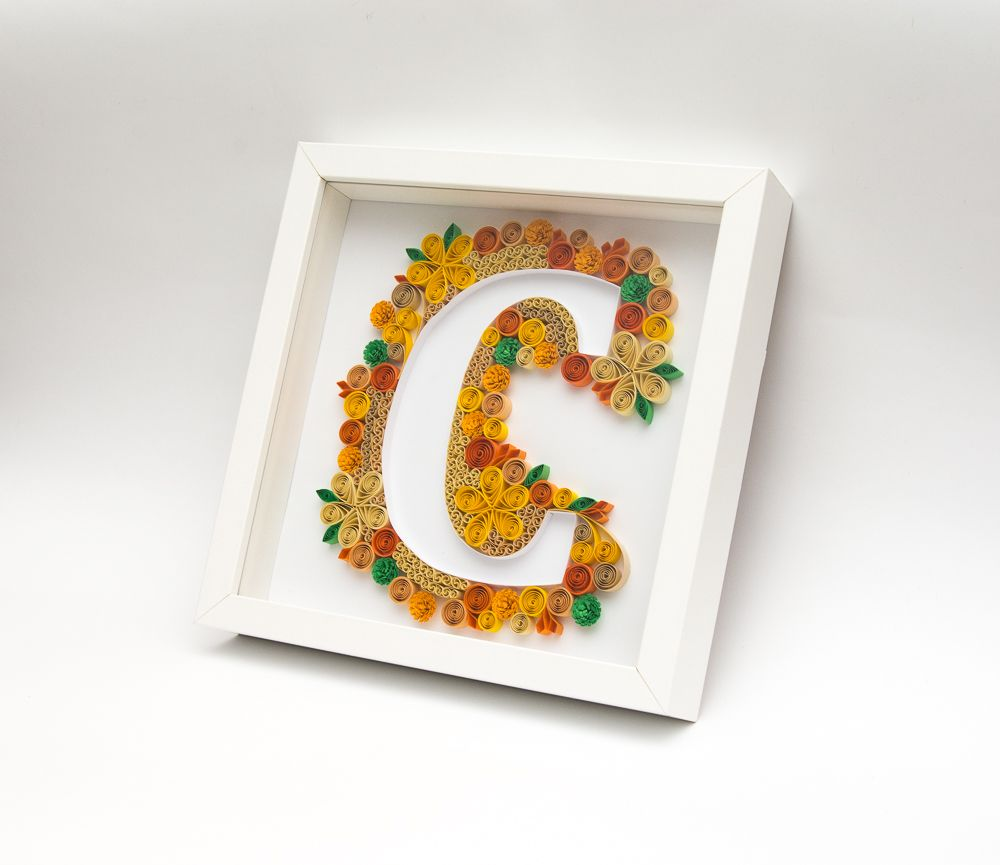 Unique framed quilling art monogram letter c alphabet 3d for Decoration 5 letters