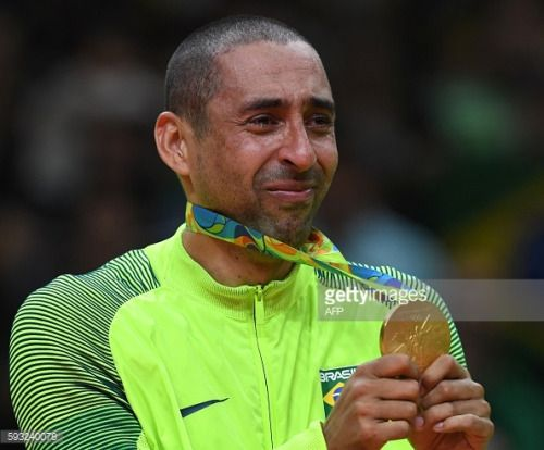 Gold medallist Brazil's Sergio Dutra Dos Santos cries as... #casaisdosmonizes: Gold medallist Brazil's Sergio Dutra Dos… #casaisdosmonizes