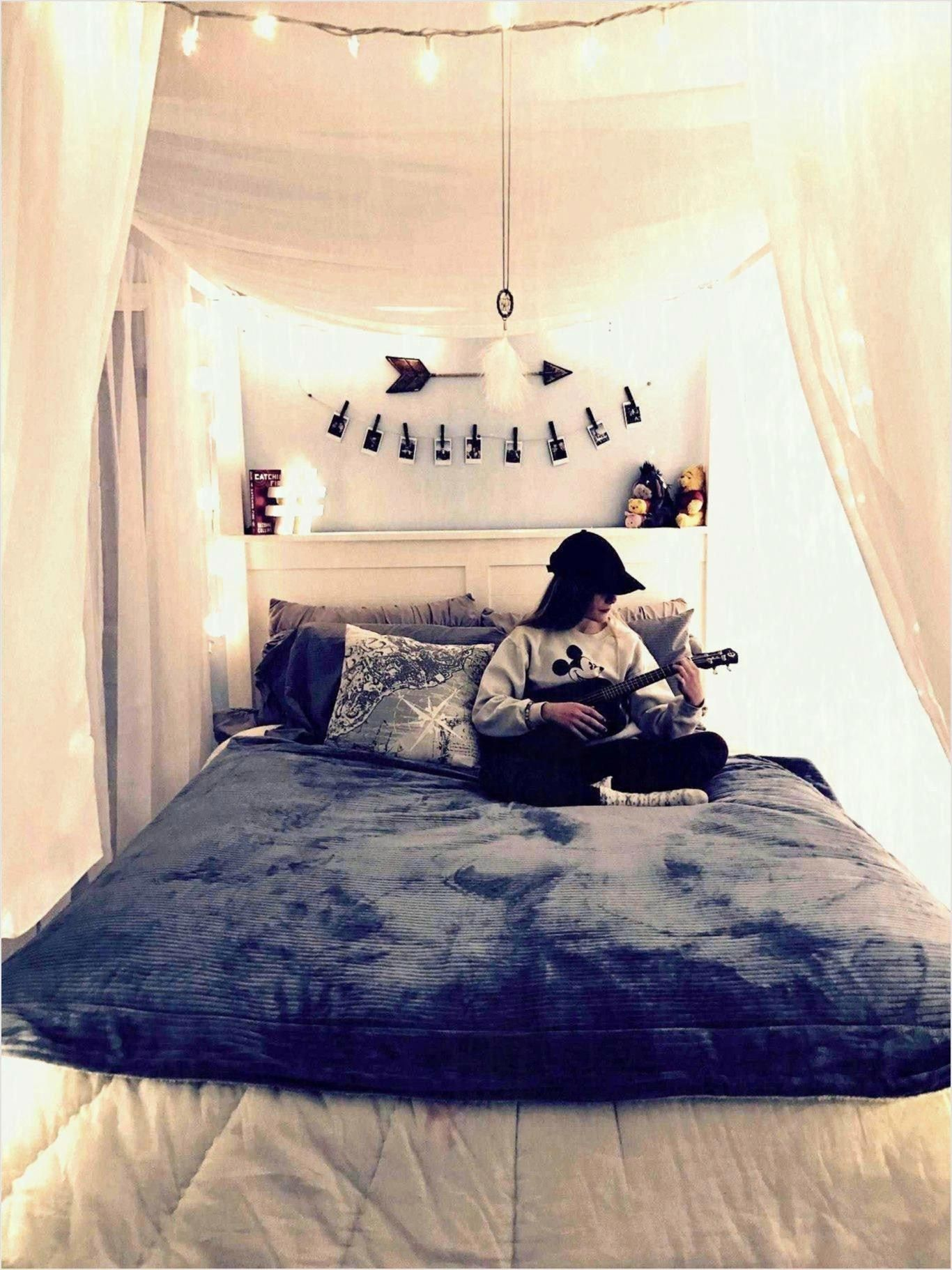 Cozy Bedroom Aesthetic Teenage Girl Bedroom - Cozy Bedroom ... on Cozy Teenage Room Decor  id=12137