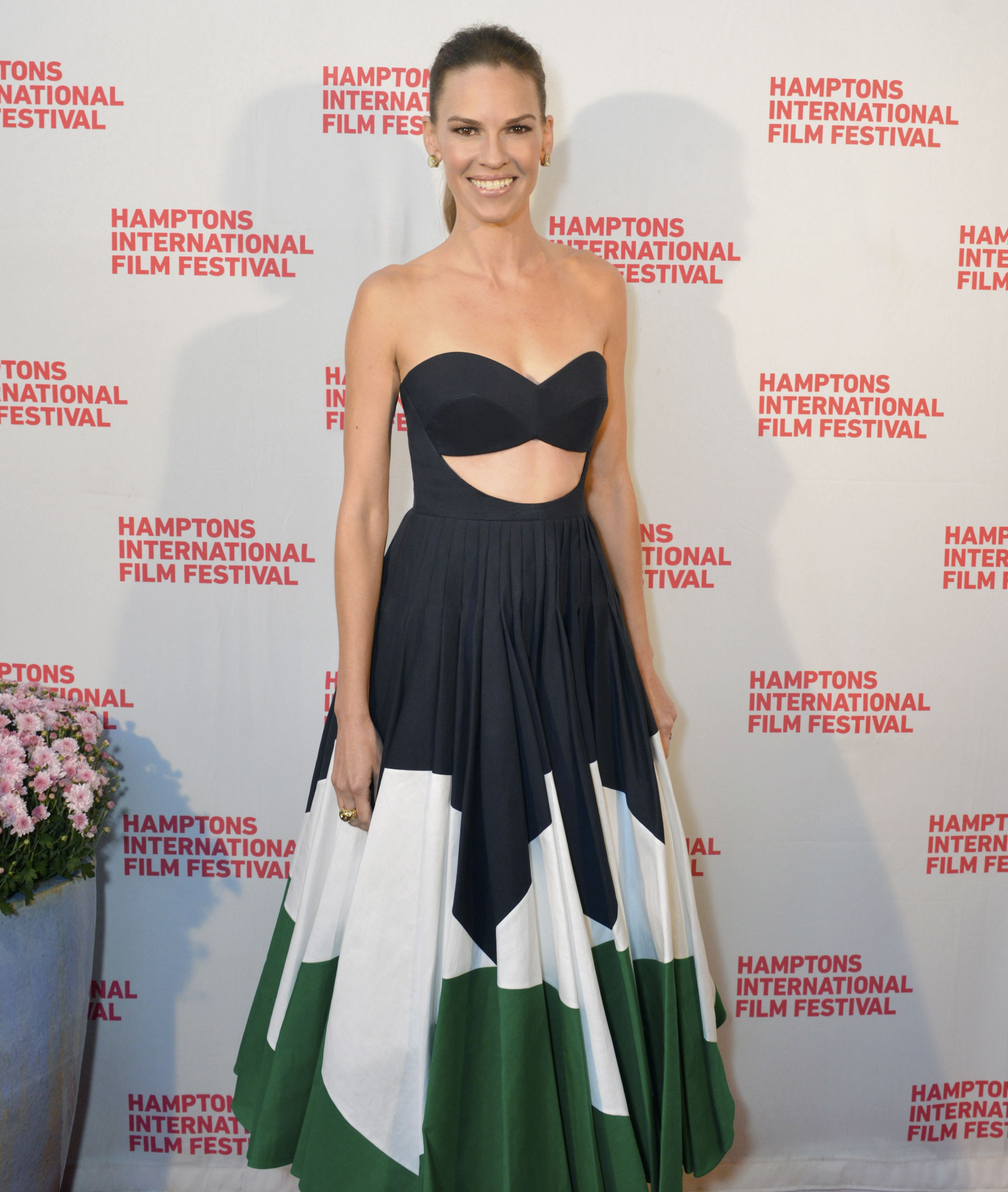 "Hilary Swank attended ""The Homesman"" premiere during the Hamptons International Film Festival wearing DELPOZO."