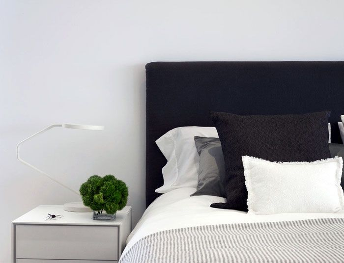 Eco Friendly House With Exposed Concrete Panels Bed Headboard