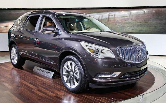 2013 Buick Enclave First Look 2012 New York Auto Show Motor Trend Buick Enclave Buick Suv