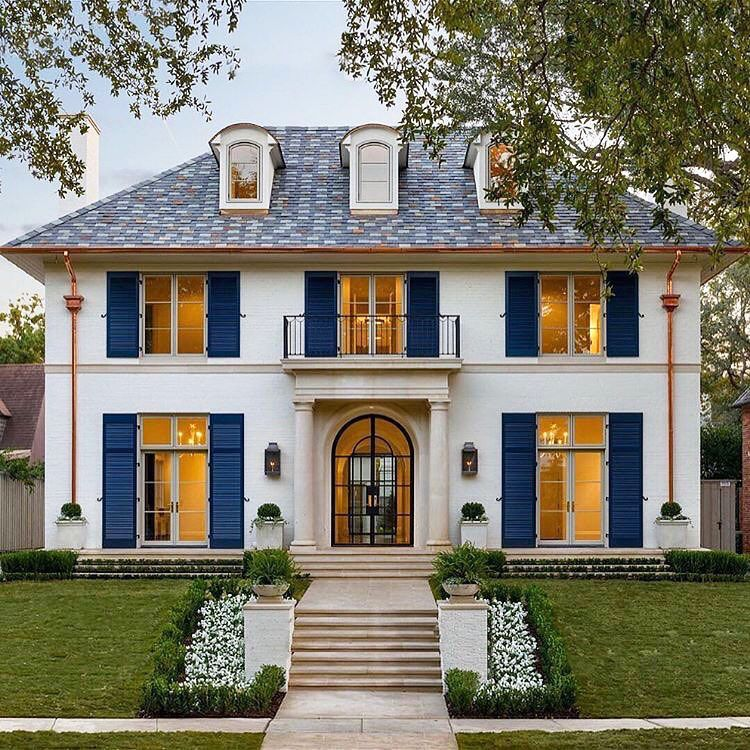 New Custom Luxury Home In Highland Park With Timeless Classic French Architecture Idesignarch Interior Design Architecture Interior Decorating Emagazine French House French Architecture Mansions