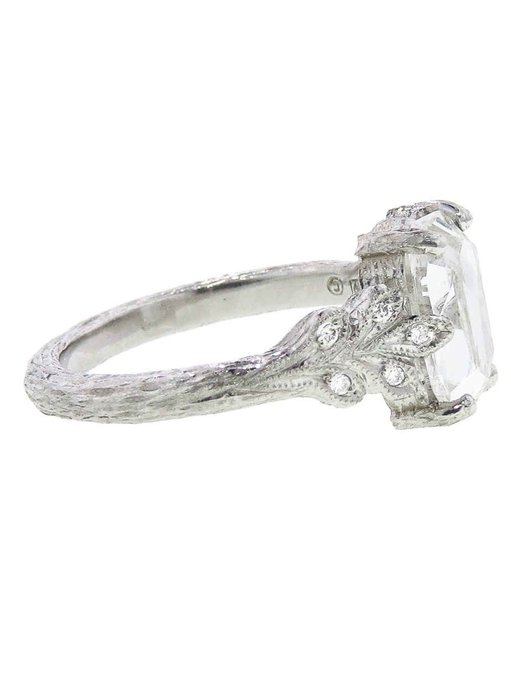 Cathy Waterman Metallic Diamond Leaf Side Ring Product