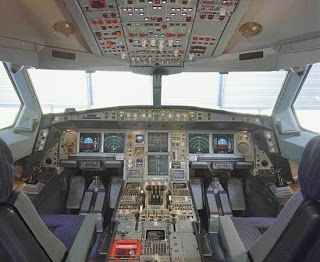 Cool Jet Airlines: Airbus A340 cockpit