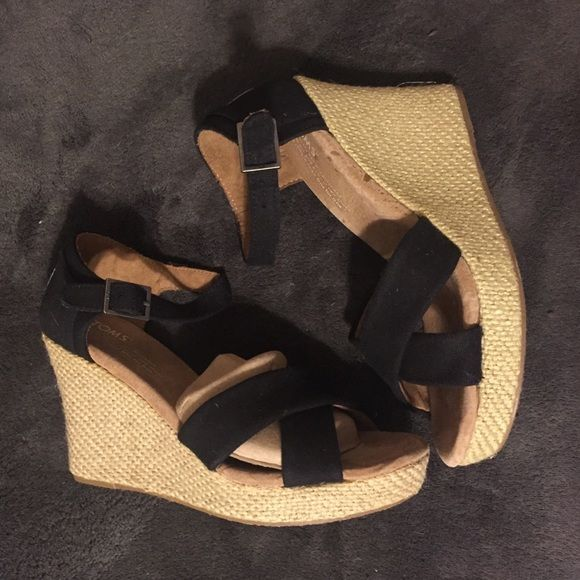3dc7fadc0cf Toms Strappy Wedge-Black Canvas Never worn