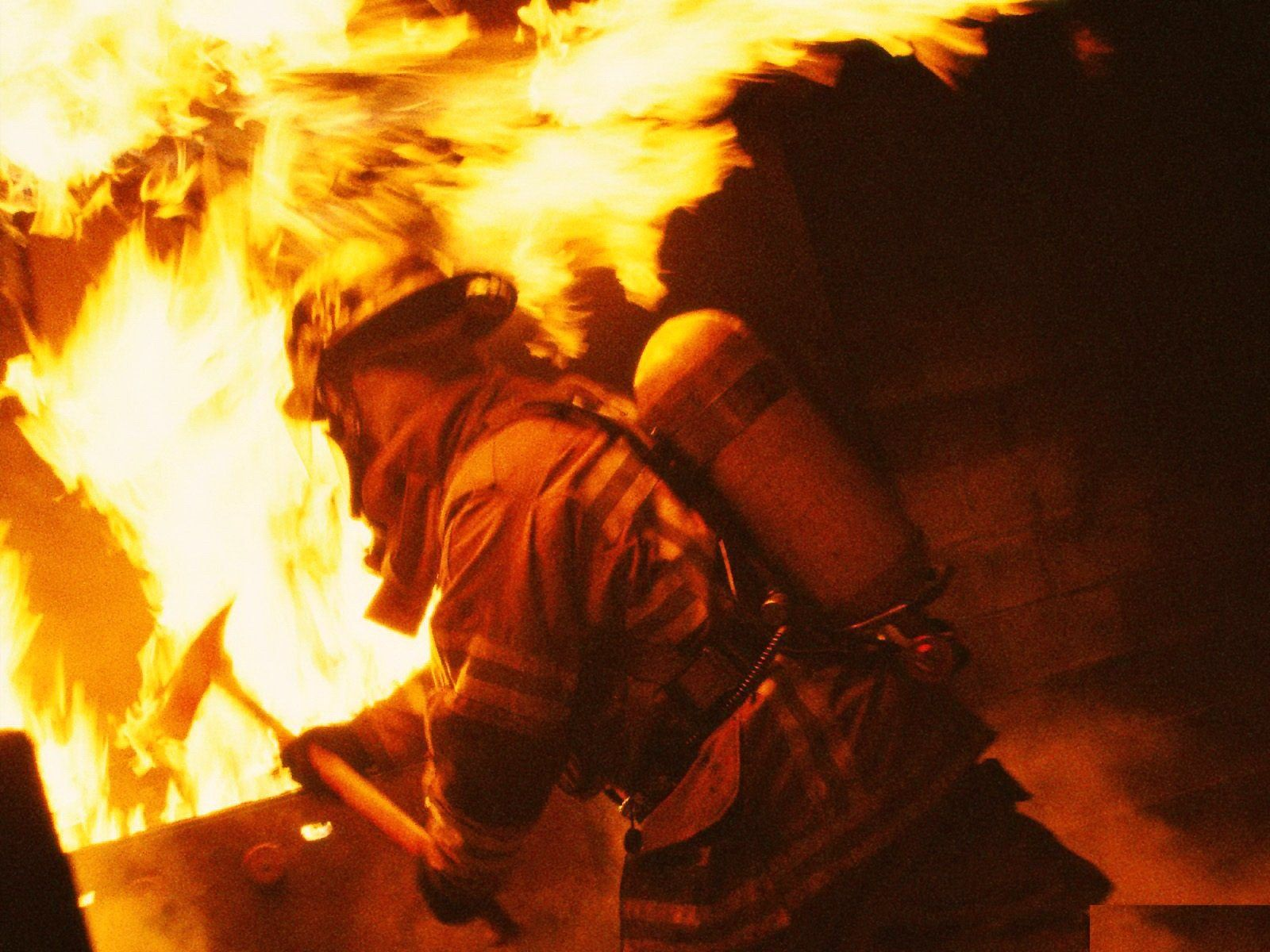 Fireman Pictures For Chevytech And All Fireman Page 199 Firefighter Firemen Pictures High Resolution Wallpapers