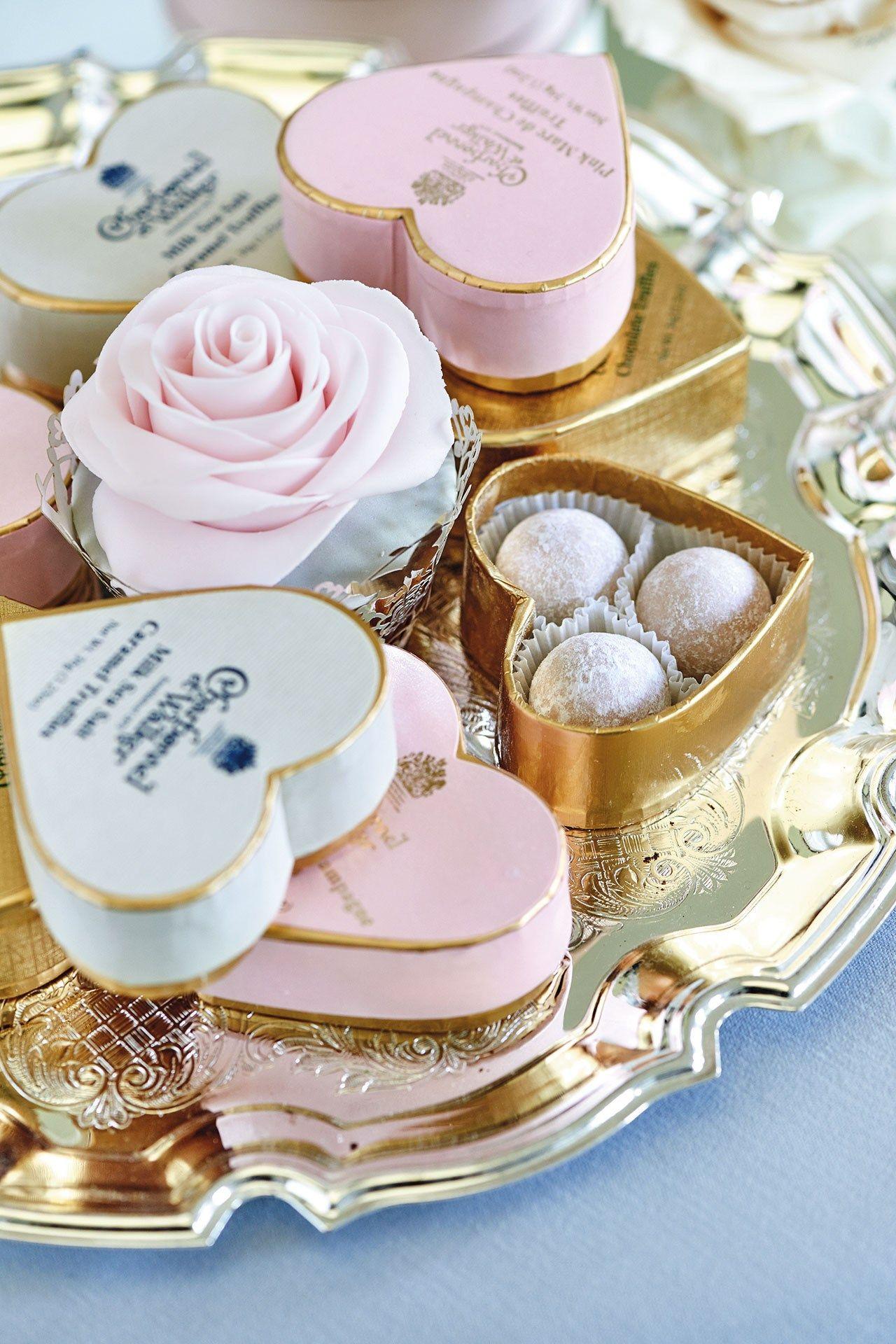 Wedding Gift Ideas Uk: Chocolate Wedding Favors
