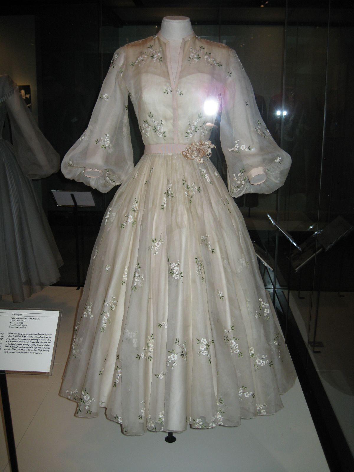 Grace Kelly Wedding Dress Helen Rose For Mgm Studios Film High Society 1956 Mccord Museum 2013 Grace Kelly Dresses Vintage Dresses Helen Rose [ 1600 x 1200 Pixel ]