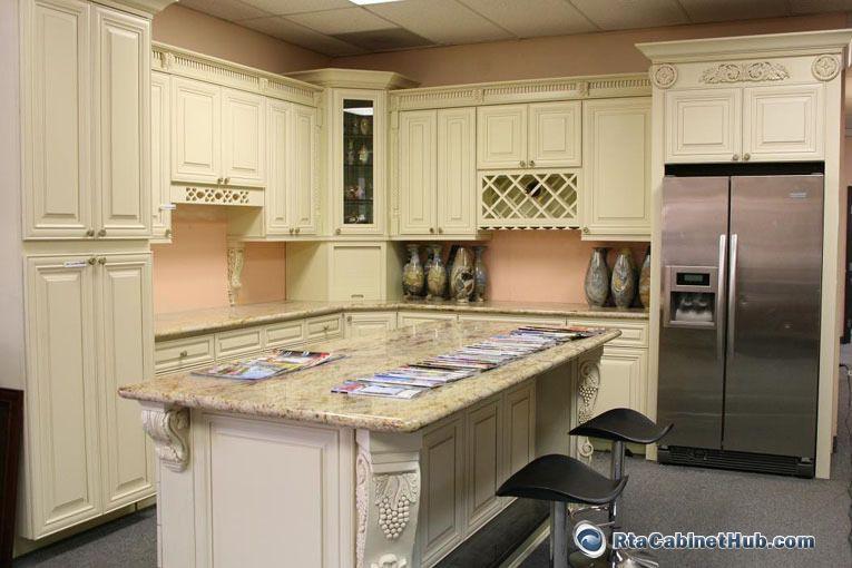 Cream Maple Glaze French Vanilla Rta Kitchen Cabinets From Cream And Brown Kitchen Cabinets Kitchen Cabinets Glazed Kitchen Cabinets Rta Kitchen Cabinets