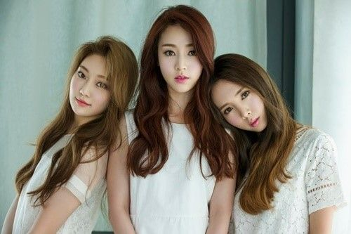 N White To Come Back As A 3 Member Group With Paradise