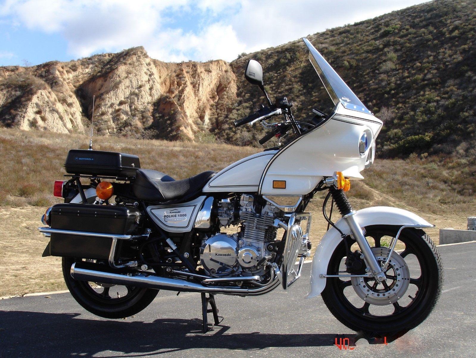 2000 kawasaki kz 1000 kz1000p police show bike spare bike nos ebay link  [ 1599 x 1205 Pixel ]