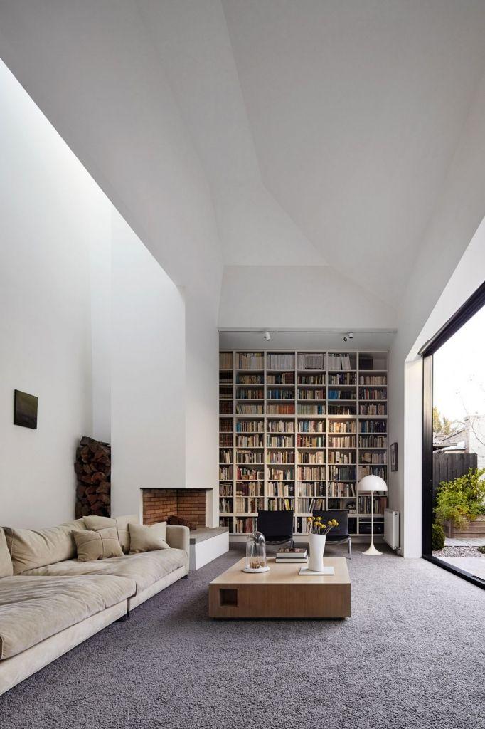 Ein überdimensionales Bücherregal U003eu003e Fabulous Contemporary Renovation To  Victorian Home In Australia