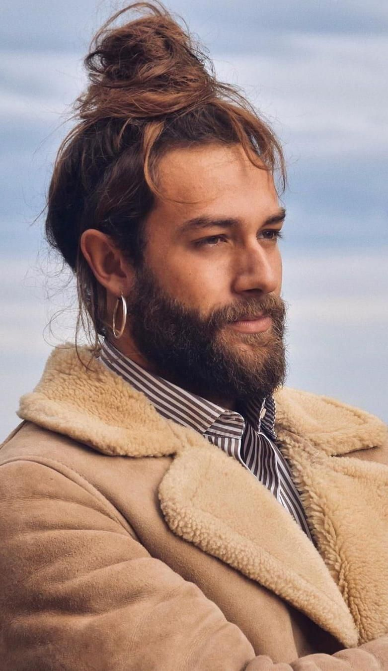70s Fashion Article 14 Hottest Man Bun And Beard Combinations 70s Fashion Article 14 Hottest Man Bun And Beard Man Bun Beard Beard Styles For Men Beard Styles
