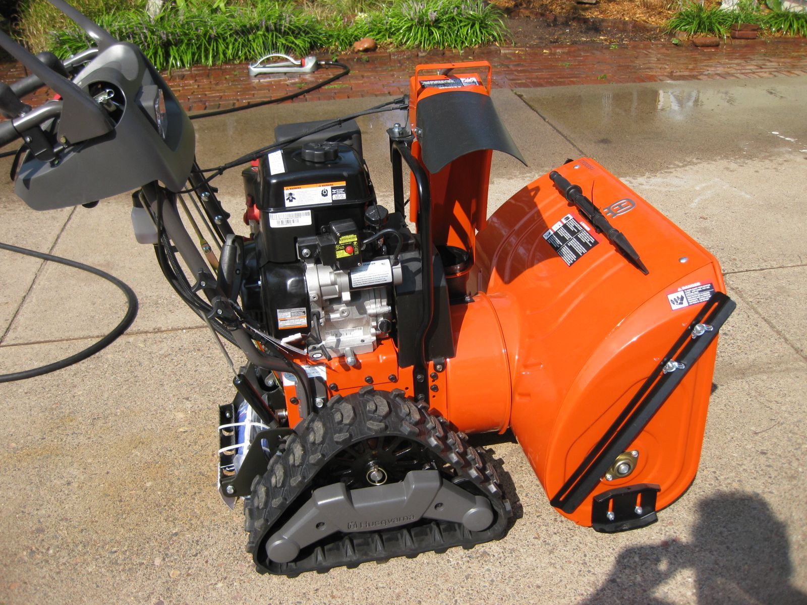 Husqvarna Lawn Tractor Snow : Husqvarna exlt review read all about this deluxe snow