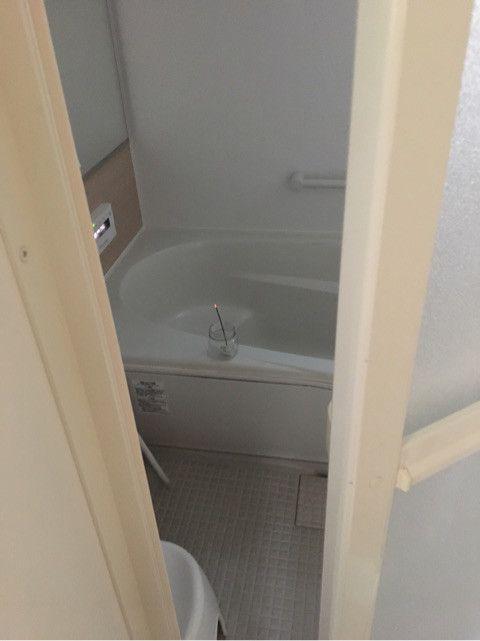 効果絶大 お風呂のカビに 線香 が効くって知ってた 風呂