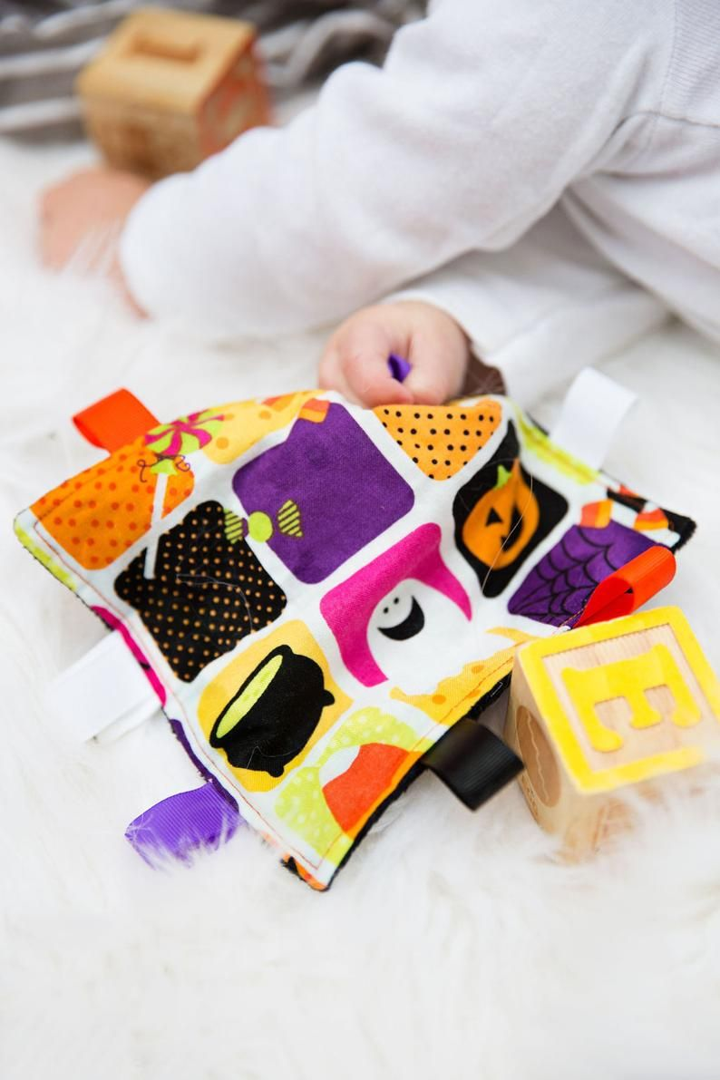 This Halloween sensory toy is made with the busy family in ...