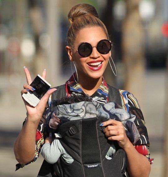 61b05d95606 Beyonce Knowles - Miu Miu SMU13N