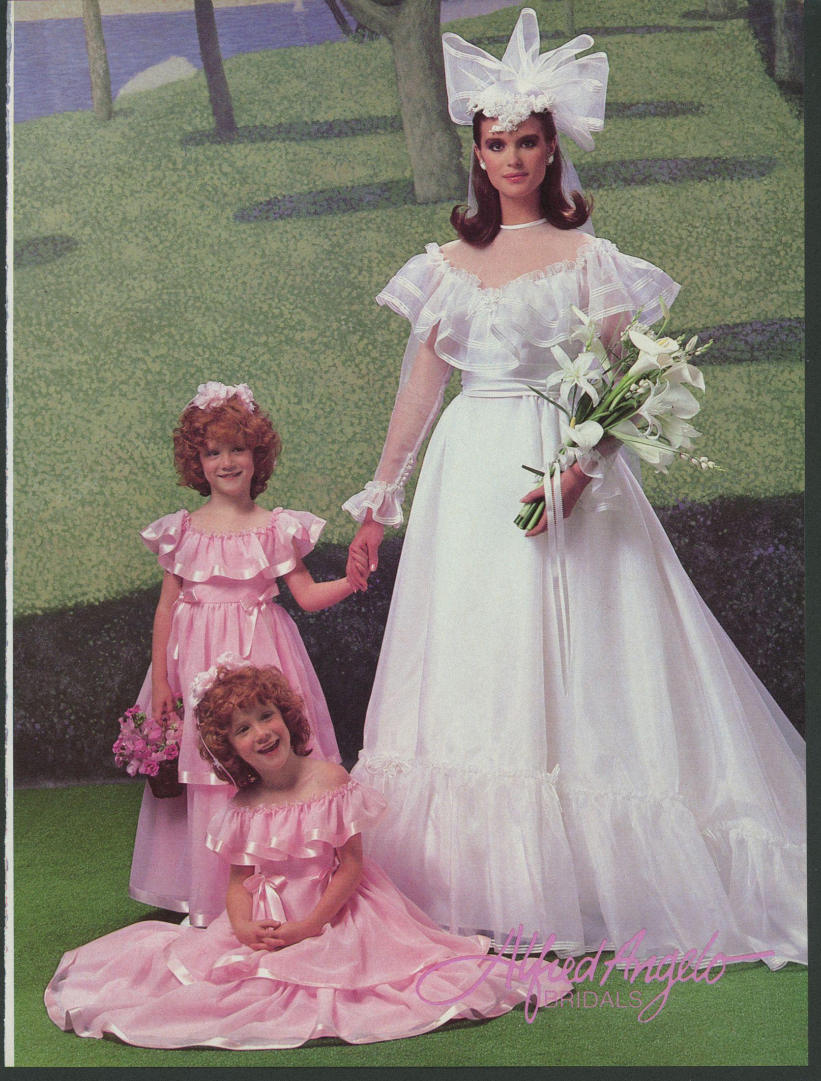 Pin On Vintage Weddings [ 2200 x 1670 Pixel ]