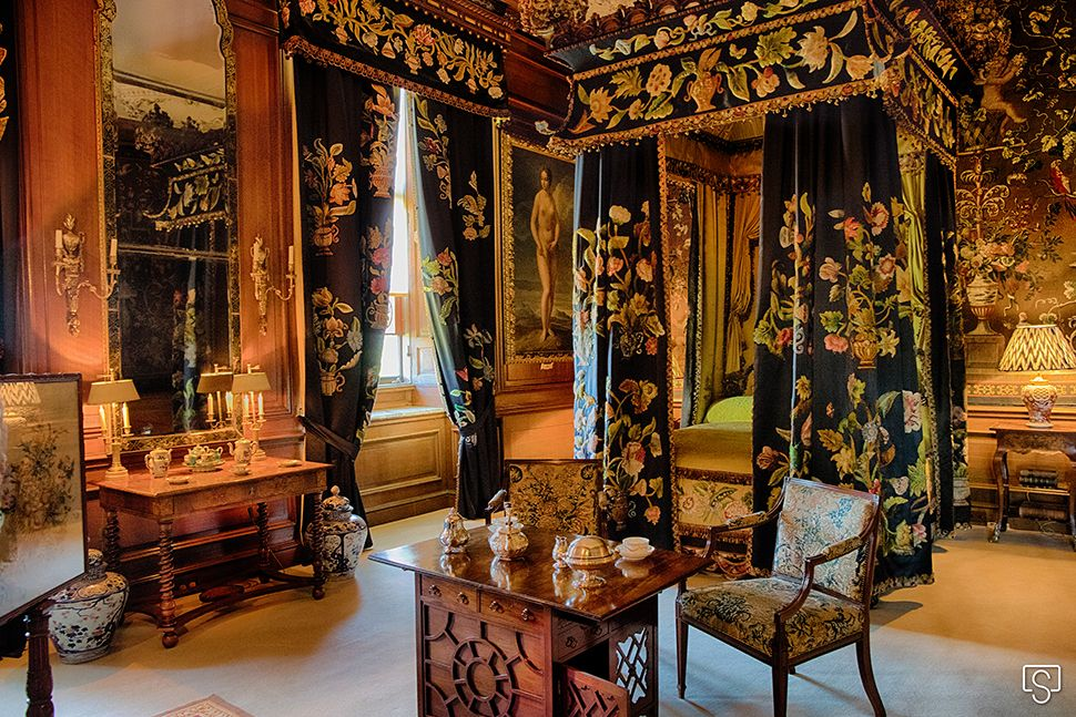 Black And Yellow Bedroom At Burghley House Country House