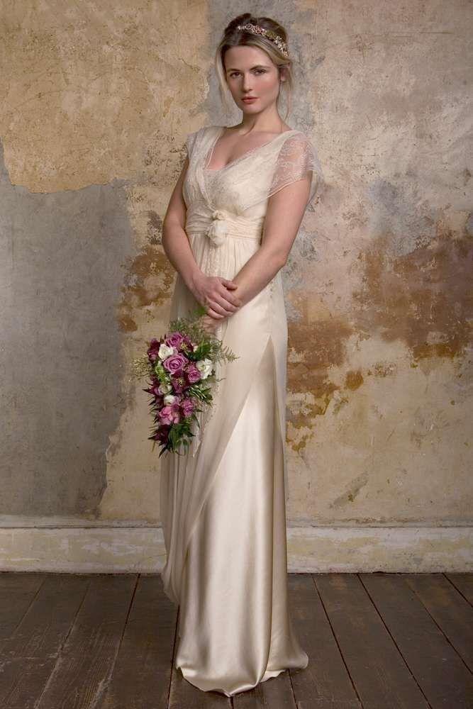 Vestidos de novia Sally Lacock: fotos diseños - Vestido de encaje y ...