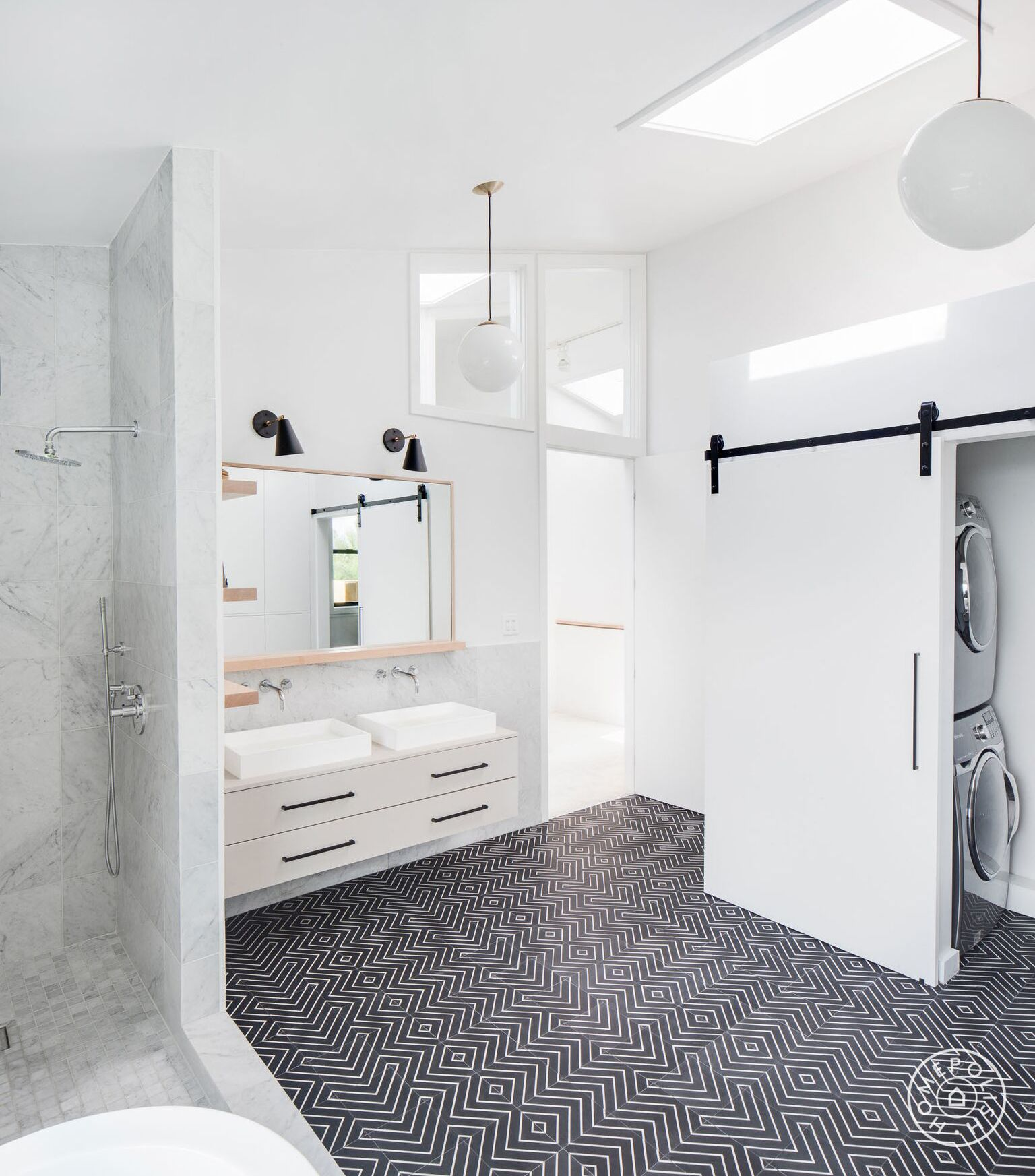 Before and After: Three Bold, Black and White Bathroom Renovations ...