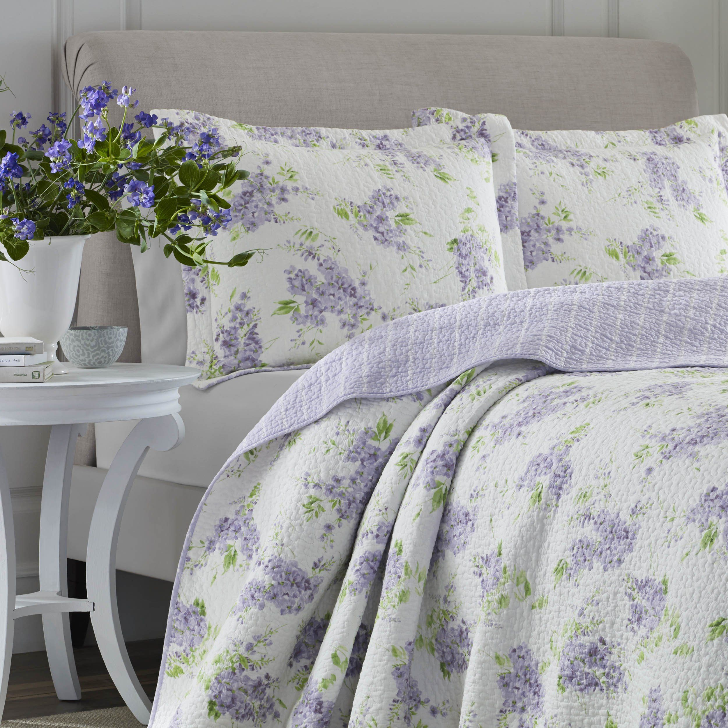 Laura Ashley 221051 Keighley Lilac Quilt Setlilacfullqueen  Learn More