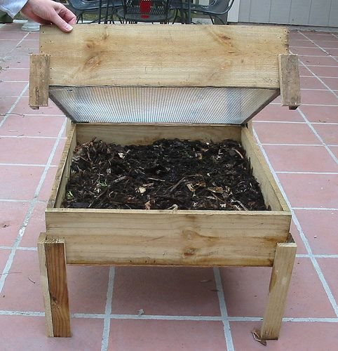 DIY Wooden Worm Bin By Www.ecoyardfarmer.com, Via Flickr