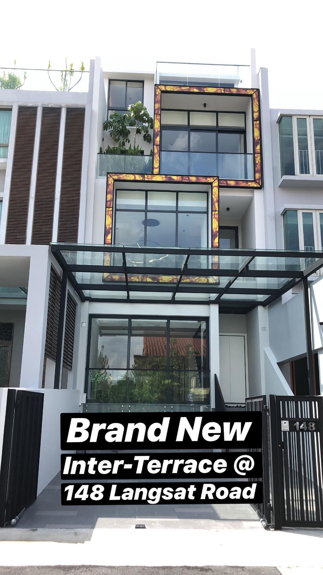 Are You Thinking Of Upgrading To A Landed Property In Singapore Contact Shawn 96717478 To View Real Estate Property Property For Sale