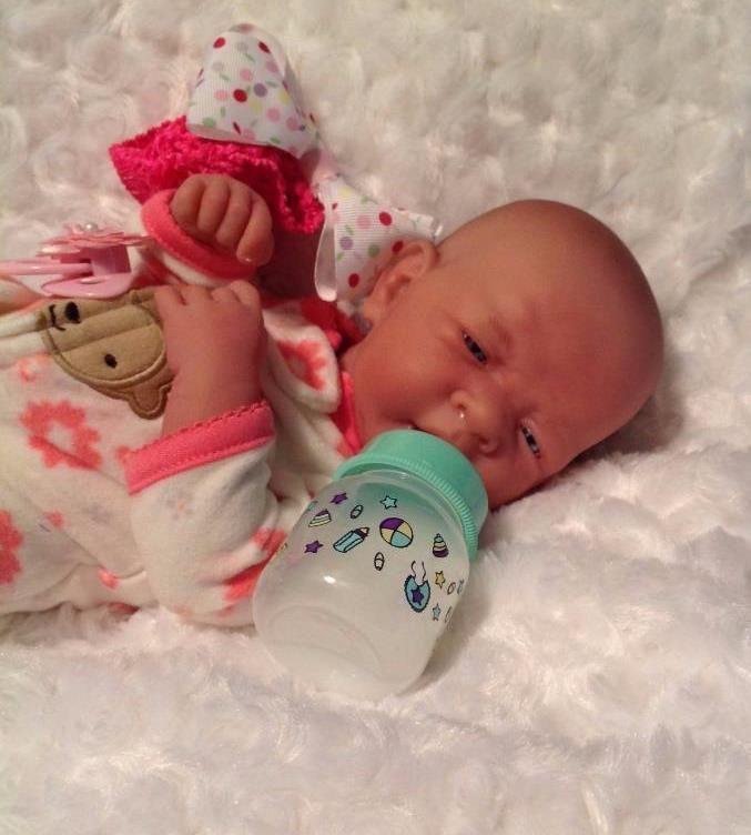 AWW Berenguer LifeLike PREEMIE Reborn DOLL W BOTTLE EXTRAS PERFECT BABY GIRL