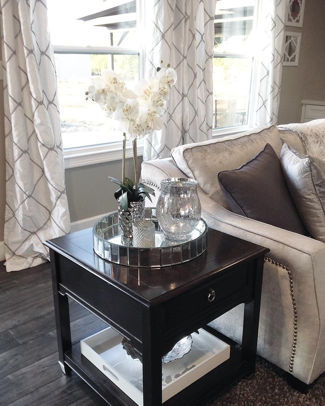 Sharing Our Living Room Decor Mirror Tray With Cracked