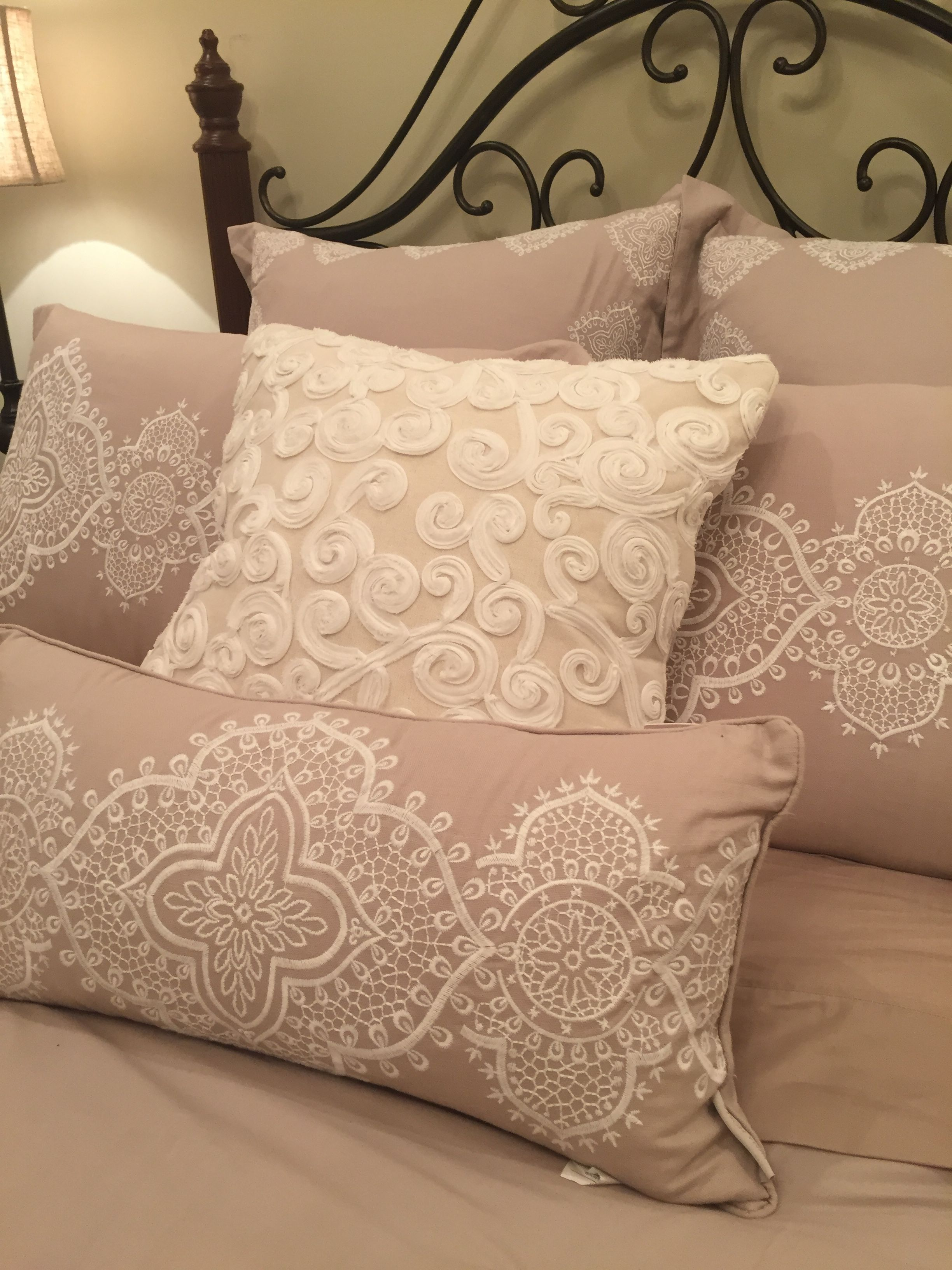 bedding by nina campbell from steinmart