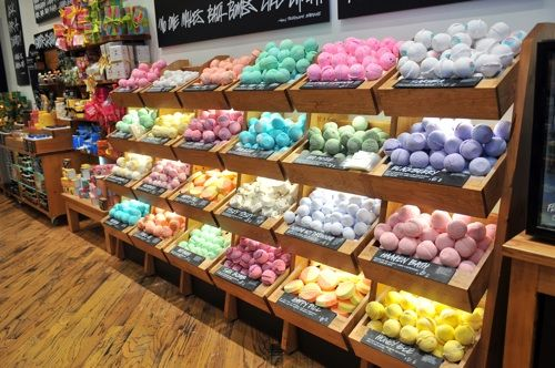 Lush Products Love Them But My Daughter Loves Them More The Bath Bombs Make The Entire House Smell Lovely Lush Bath Bombs Lush Bath Lush Shop