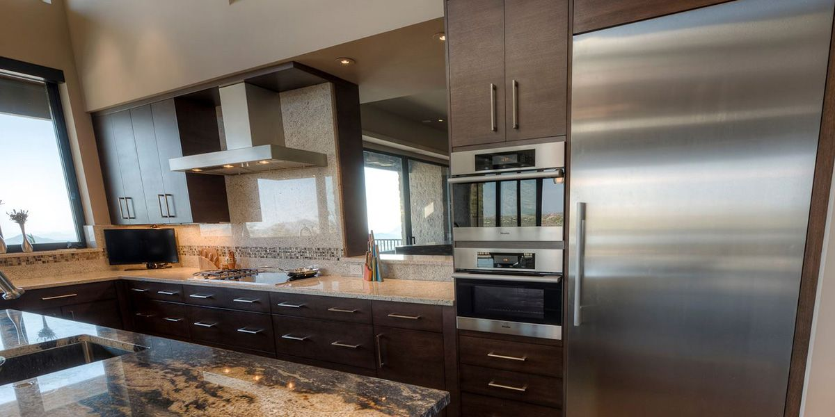 Kitchens: Carefree Highlands   Distinctive Custom Cabinetry   Phoenix,  Arizona