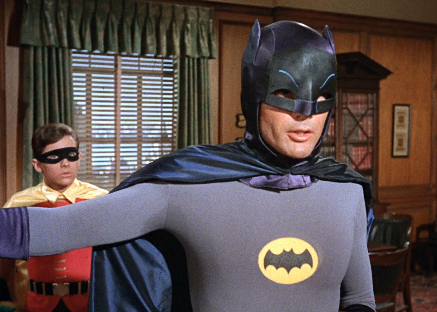 32c0b35d7769797e606473ea9f372813.jpg (1400×1000) Batman